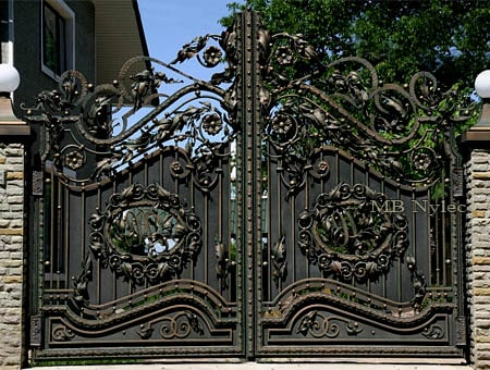 A massive forged gate