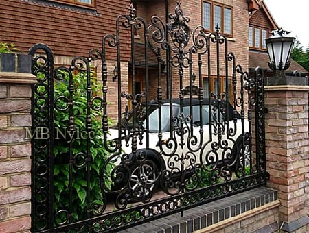 A richly decorated prestigious fence