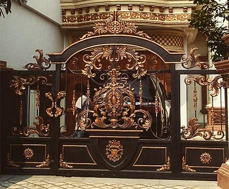 An exclusive gate to an oriental-style residence