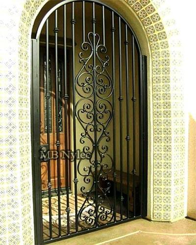 Classic door grille