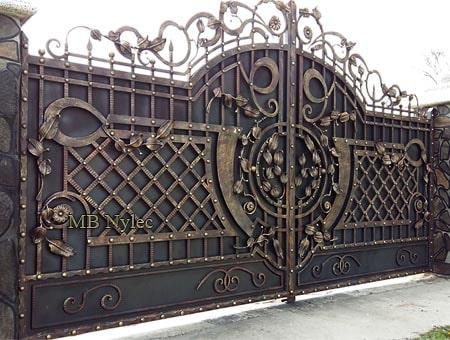 Elegant entrance gate
