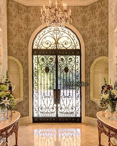Forged door with glamor style glass