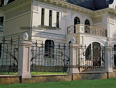 Forged fence in the Art Nouveau style