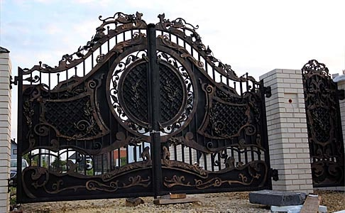Forged massive full gates