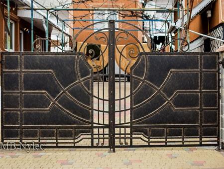 Gate loft