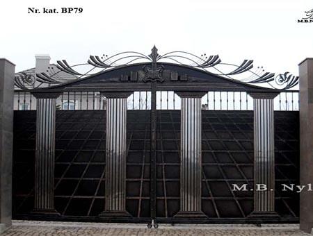 Greek type forged gate