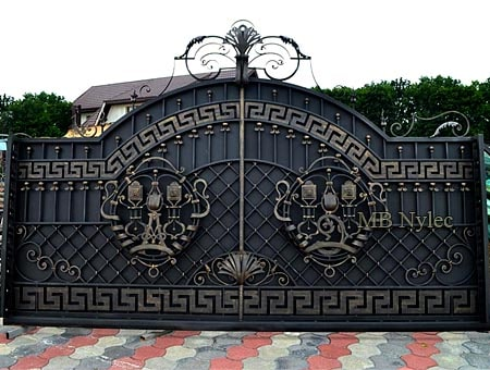 Impressive full forged gate