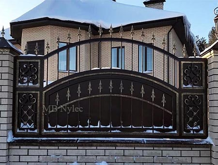 Impressive residential fence