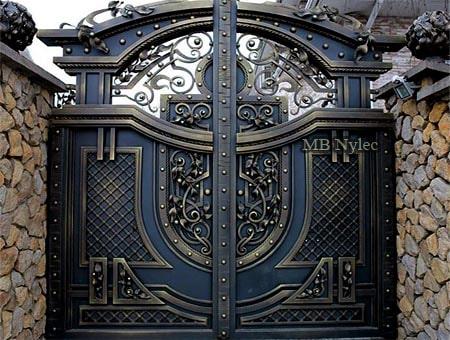 Massive forged full gate