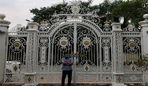 Palace gate set in shades of white glamor