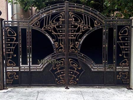 Sophisticated forged gate