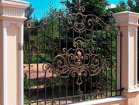 Traditional house residence fencing