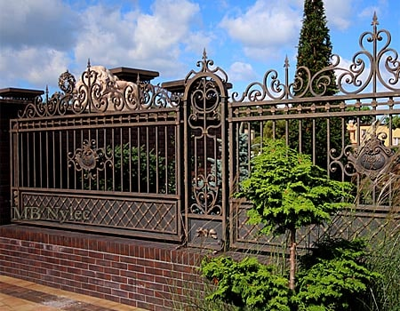 Wrought iron fence in the manor style