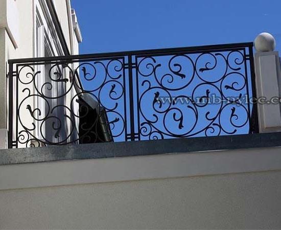 Classic exterior railing