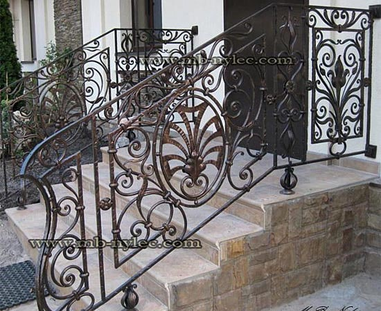 External stair railing