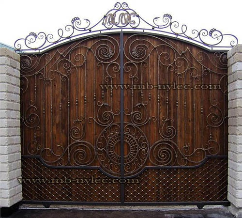 Steel gate with wood