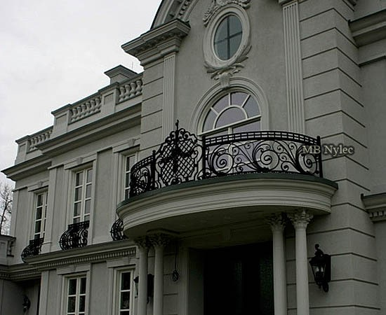 Wrought iron manor railing
