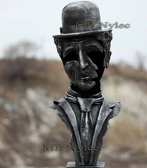 Charlie Chaplin - bust