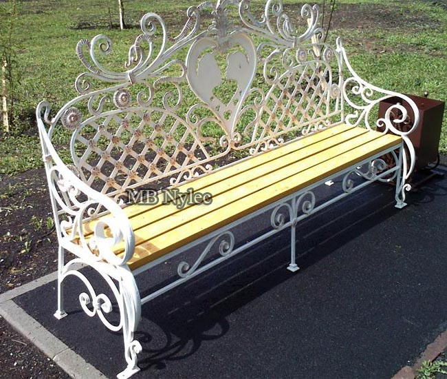 Forged bench for the wedding house
