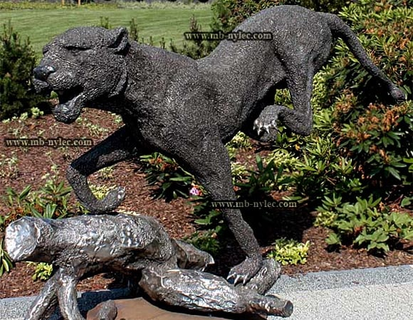 Forged metal animals