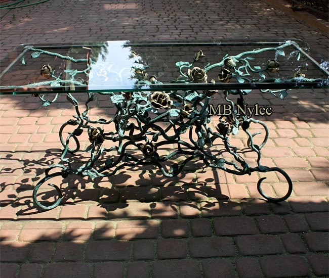Forged rose table