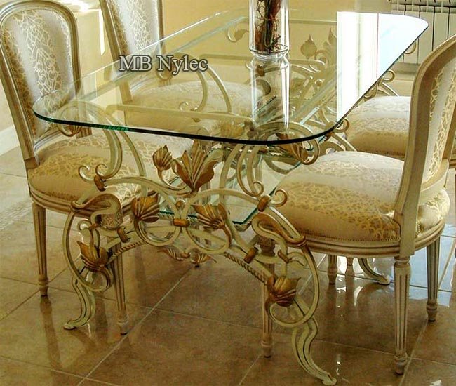 Forged table - glamor style