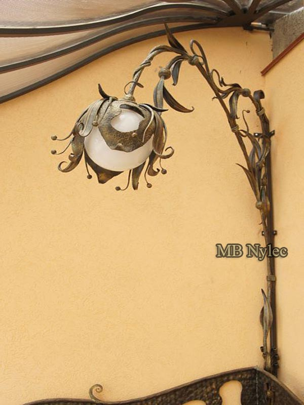 Forged corner wall lamp