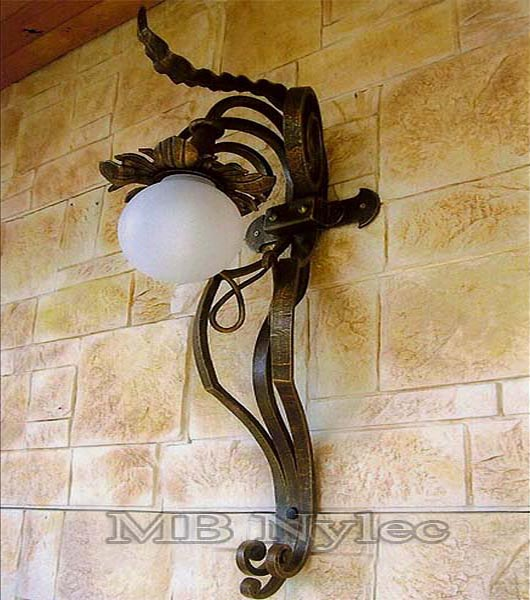 Forged outdoor wall lamp