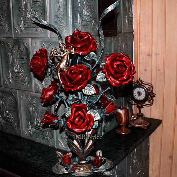 Bouquet of wrought roses