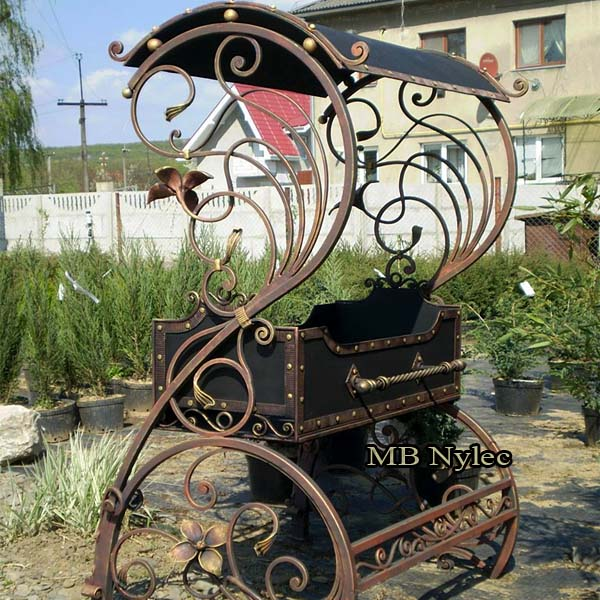Forged garden grill with canopy