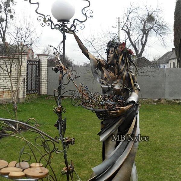 Lamp - steel figure - spring woman